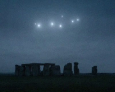 light ufos stonehenge 2