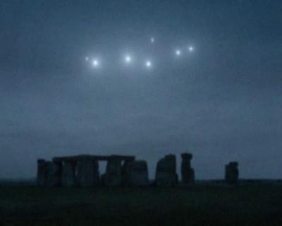 light ufos stonehenge 2
